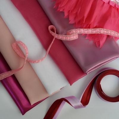 Наборы для шитья одежды, для кукол и мишек в ассортименте