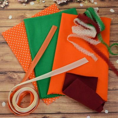 Наборы для пэчворка, шитья одежды куклам и мишкам  ассортименте