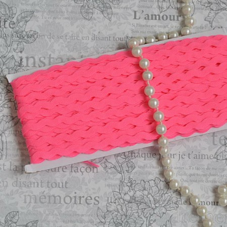 Тесьма вьюн - ярко розовый